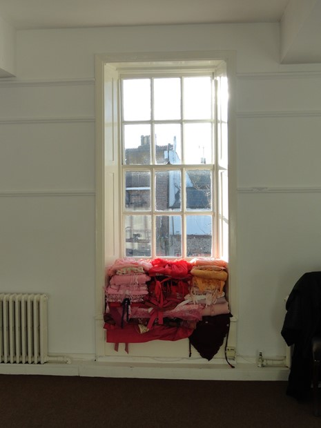 Clothes-Sill