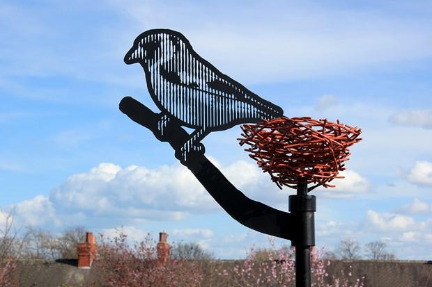 Cluntergate Bird