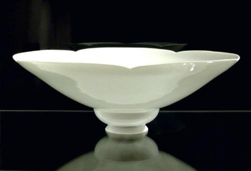 Double petal edged bowl