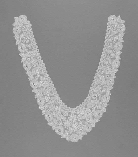 Honiton Lace Collar