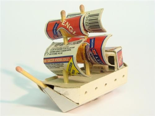Matchbox boat (number 114)