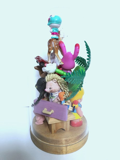 Toy assemblage