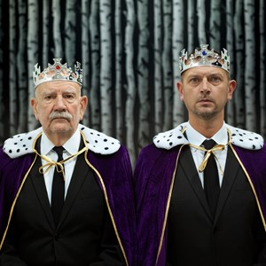 Kings, queens and fairy tales – a photographic 'conversation piece'