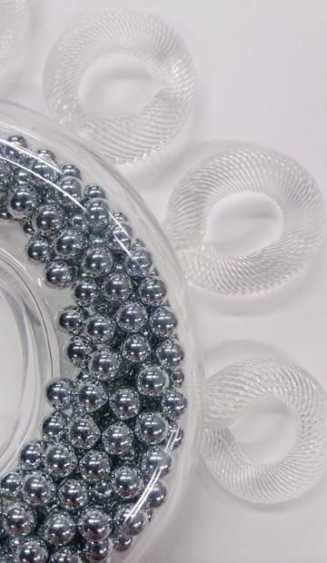 Jewellery: Wearable Glass