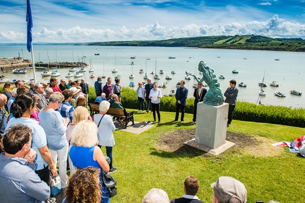A new sculpture for Cei Newydd was unveiled 10th June 2019!!!
