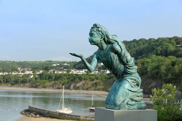 Gwyntoedd Teg a Moroedd Tawel / Fair Winds and Following Seas - Credit: Janet Baxter Photography