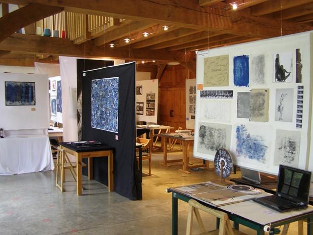 Hidden Curriculum : Art Practices in Education