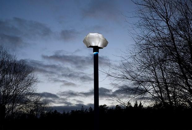 Blickfång / Eyecatcher, by Linda Persson