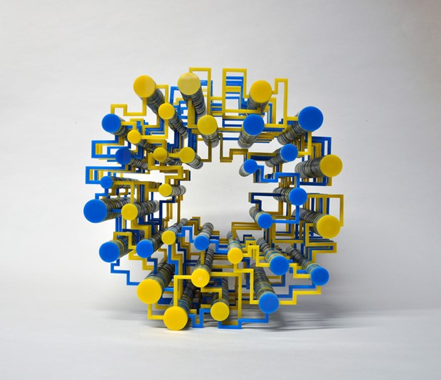Brexit (movement in yellow and blue)  + tete-a-tete animation