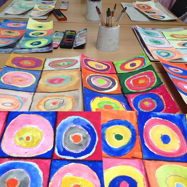 Kandinsky's Colourful Circles, by Liz Sergeant