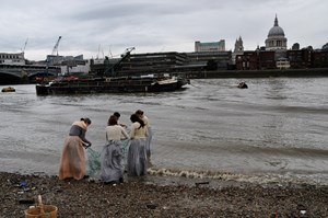 'Tied' on the Thames, by Liz Sergeant