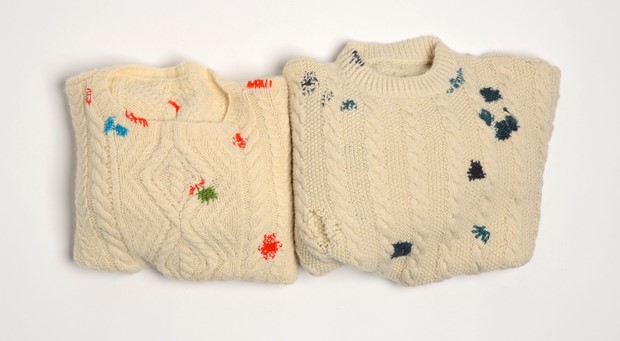 A Jumper to Lend, A Jumper to Mend