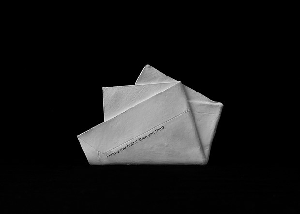 Untitled 4, Envelop(e)s (from the series Possession)