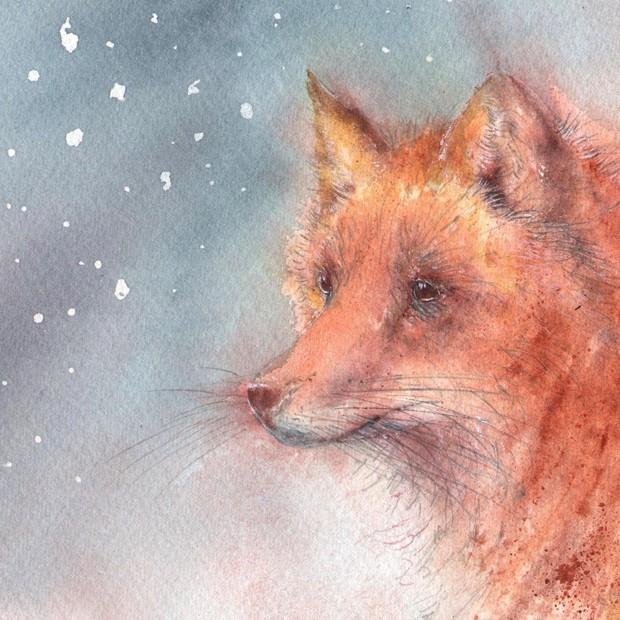 Vixen in snowfall